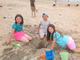 P4 have decided every day should be a beach day!